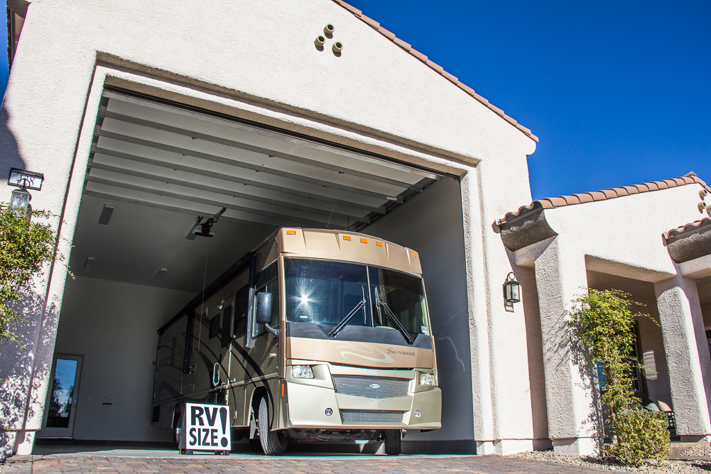 Henderson S Heritage Offers Rec Center Rv Garages Gates Livewellvegas Com